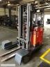 S812 [2013] WÓZEK Reach Truck Linde R25 F 4 kierunki triplex, bateria używana, prostownik - zdjęcie nr 4